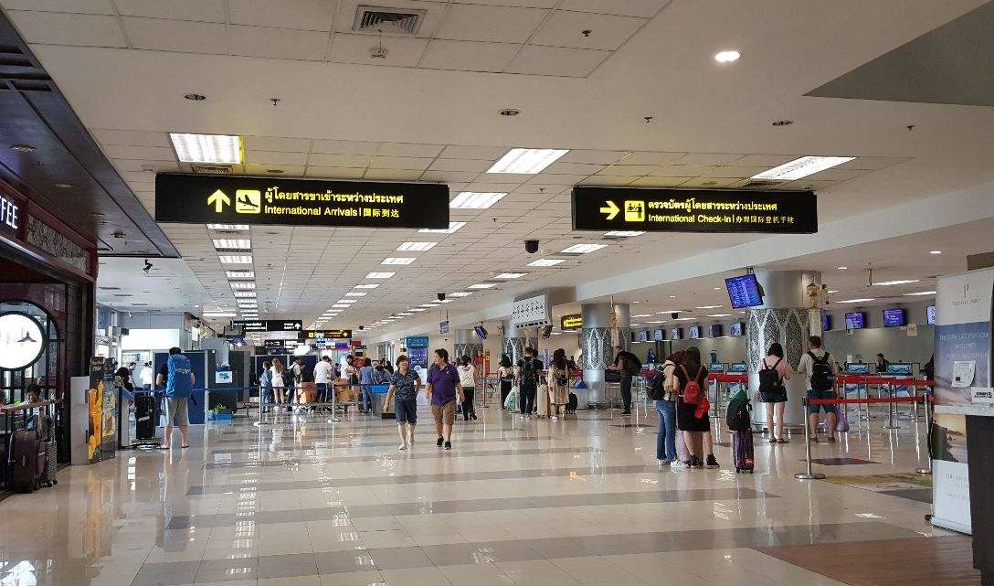 5 ways to transport from Chiang Mai Airport to Downtown Old City